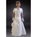 Unique Communion Dress & Only available in size 25 age 7 yrs