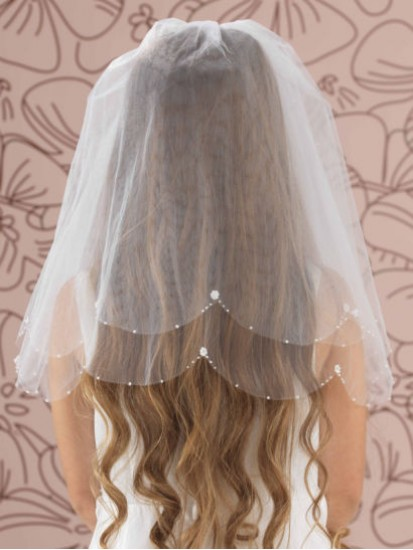 Bead, Pearl and Flower Scallop Edge Veil...