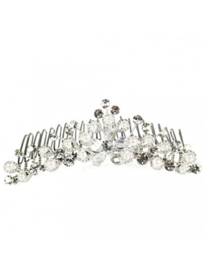 Diamante & Pearl Comb or Your special Girl on her First Communion Day...