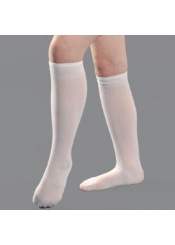 White Holy Communion Pop socks in One Size only. Ideal on all First Communion Dresses