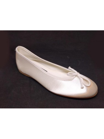 Soft White Satin Shoes Ideal For First Communion: Special April month reduc...