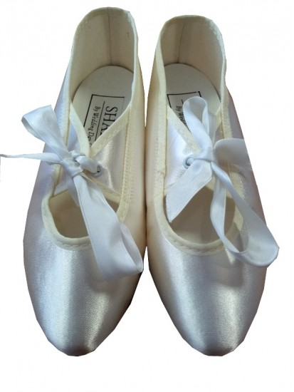 Ivory/Beige Shoes on Special offer...