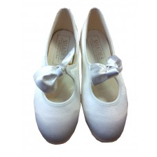 Ivory/Beige Shoes on Special offer