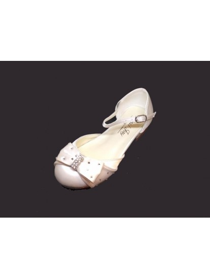 Diamante Bow Satin Childs Shoe with slight heal for Holy Communion...