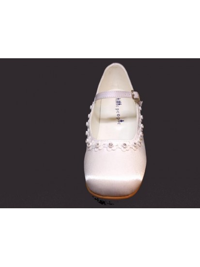 Diamante Satin Shoe with small heal and strap to match All First Communion ...