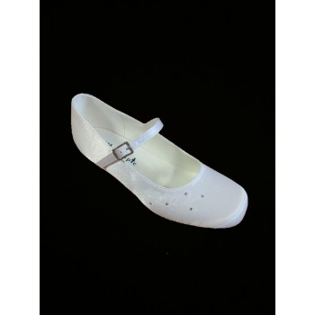 Satin Snow White Shoes with a 3 cms heal ideal for First Holy Communion