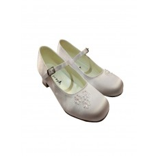 Satin Snow White Shoes with a 3 cms heal and buckle ideal for First Holy Communion