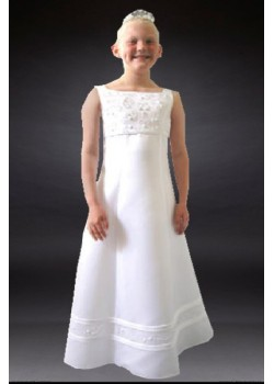 Sleeveless full length communion dress available only in size 26 approx age 8yrs