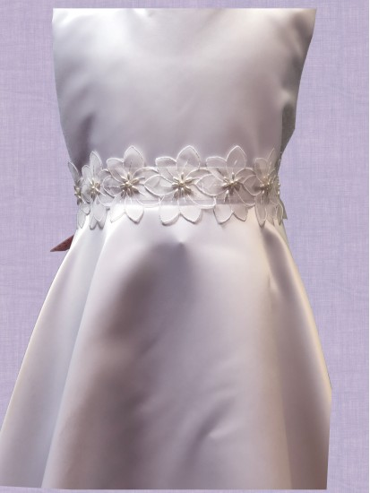 Satin Round neck sleeveless T length Communion Dress:...