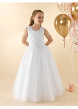 First Holy Communion dress with a pleated tulle bodice: