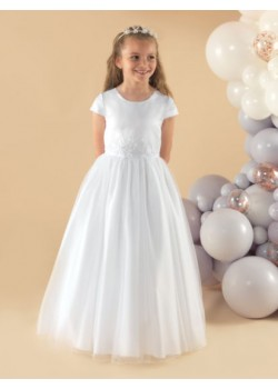 A simple but angelic short sleeve tulle First Holy Communion dress: